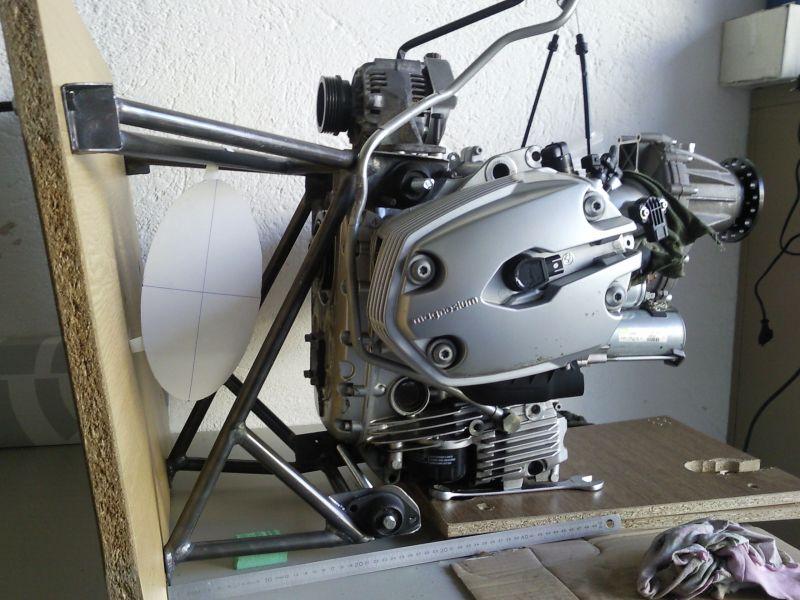 BMW - Engine